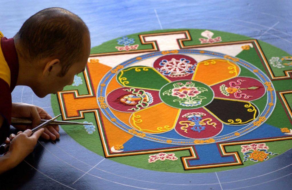 тибетска пясъчна мандала